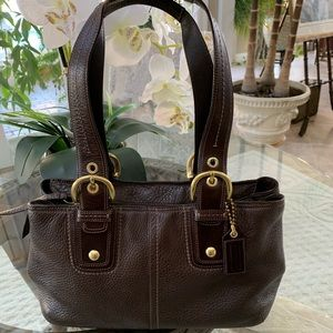 COACH SOHO COLLECTION PEBBLED LEATHER TOTE BAG!👜